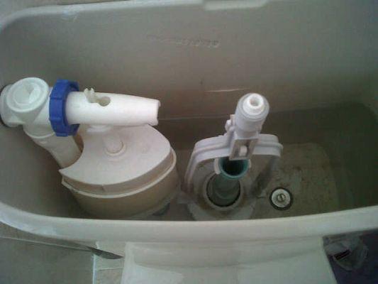 Arreglar cisterna en badajoz tlf 634249472 for Cisterna vater